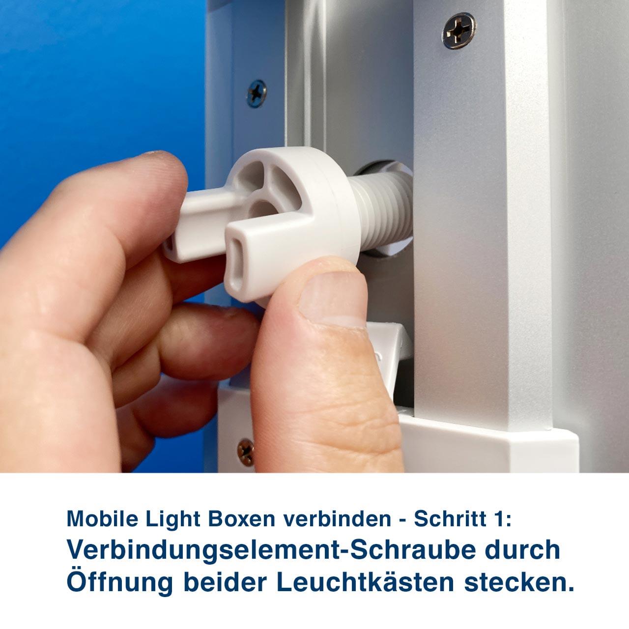 Mobile Light Boxen verbinden - Schritt 1:  Verbindungselement-Schraube durch  Öffnung beider Leuchtkästen stecken.