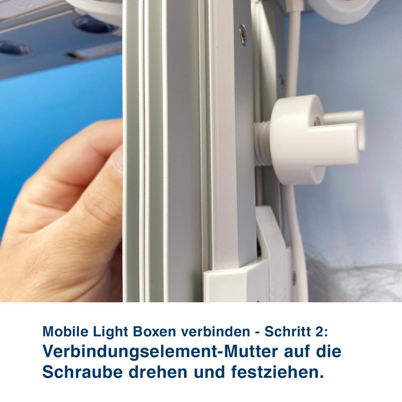 Mobile Light Boxen verbinden - Schritt 2:  Verbindungselement-Mutter auf die Schraube drehen und festziehen.