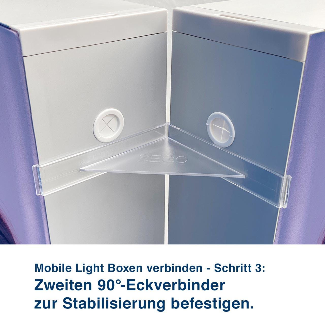 Mobile Light Boxen verbinden - Schritt 3:  Zweiten 90°-Eckverbinder  zur Stabilisierung befestigen.